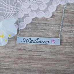 Platnička s menom a zirkónom