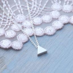 Strieborný Mini trojuholník